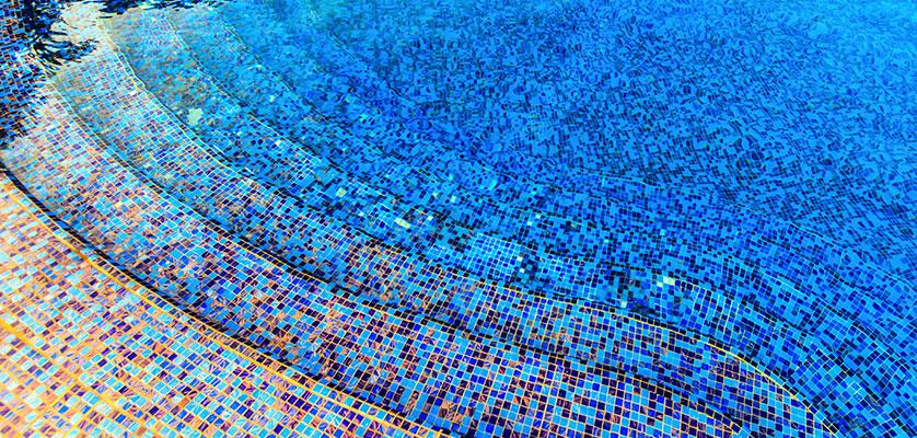 tegelzetter-menno-burgers-amsterdam-tegelvloer-natuursteen-zwembad-specie-leggen-mozaiek