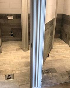 tegelzetter-menno-burgers-strandtent-de-jutter-almere-toiletten-tegelen-keramische-tegels_NAV