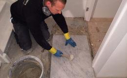 tegelzetter-menno-burgers-amsterdam-natuursteen-mozaiek-vloeren-wanden-badkamer-zwembad-vloer-marmer-specie-cornelis-schuitstraat-amsterdam_1