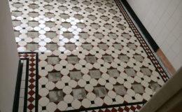tegelzetter-menno-burgers-amsterdam-natuursteen-mozaiek-vloeren-wanden-badkamer-zwembad-vloer-terras-keramische-tegels-mozaiekvloer-badkamer-overveen_2